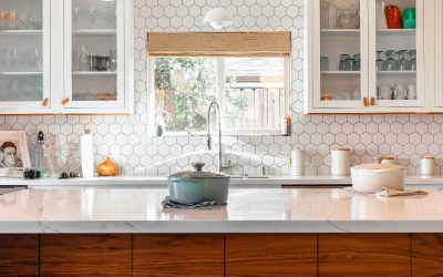 Selecting Kitchen Finishes: Which Comes First, Cabinet Color,  Countertop or  Tile Backsplash ?